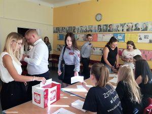 Czytaj więcej: Wybory do Młodzieżowej Rady Miejskiej Łomży