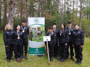 Leśna przygoda uczniów klas policyjnych