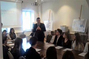 Czytaj więcej: I sesja II Kadencji Młodzieżowej Rady Miejskiej w Łomży
