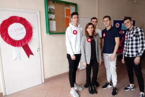Czytaj więcej: Biało-czerwone kotyliony Samorządu Uczniowskiego